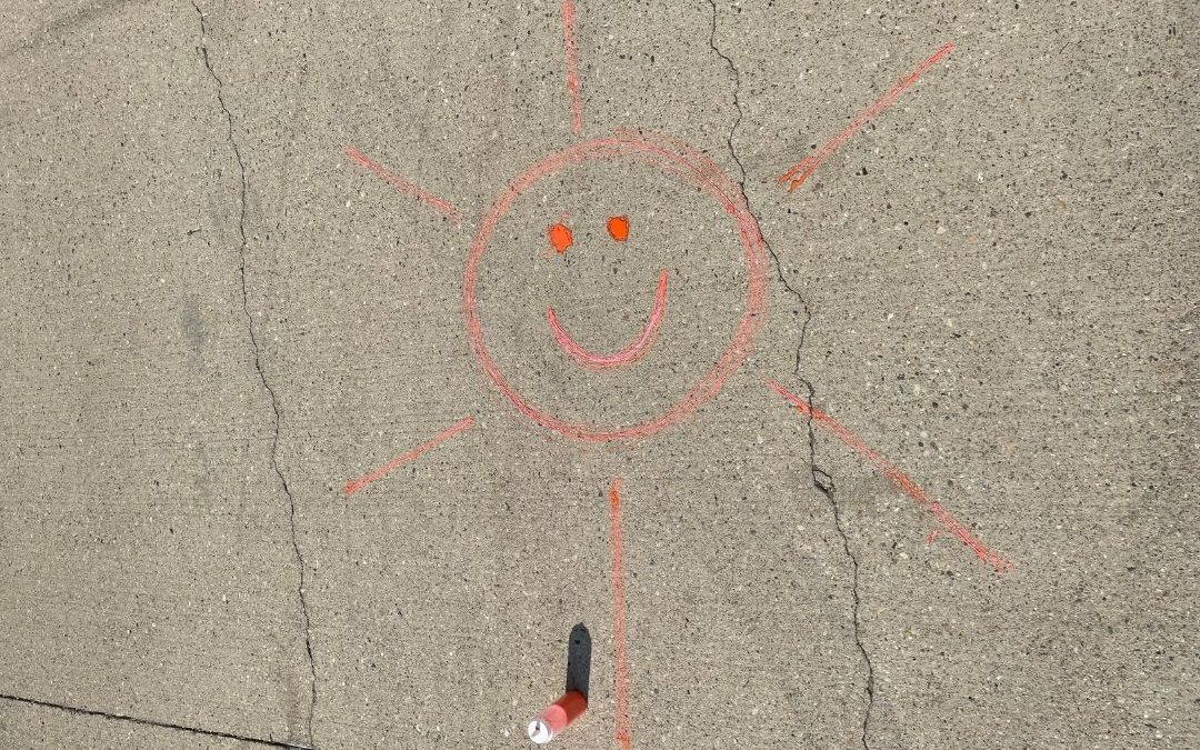 Decorate your driveway with DIY chalk paint